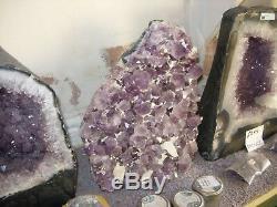 Amethyst display piece with calcite crystals De13