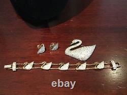 Authentic SWAROVSKI CRYSTAL Vintage Signed SWAN SIGNATURE 3 Piece Set Pin BRACEL