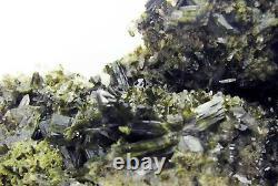 EPIDOTE GREEN CRYSTALS and CLEAR QUARTZS on MATRIX fom PERÚ. MASTER PIECE