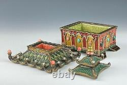 Jay Strongwater Pagoda Box Large 3 Piece Swarovski Crystals Mint Condition