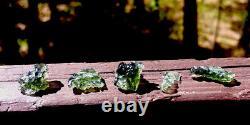 Natural Besednice 5-Piece Lot Moldavite Crystals Tektites 5.19g/25.95ct Czech