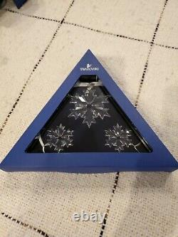 Swarovski 3-Piece Snowflake Crystal Ornament Set, Annual Edition 2018 NIB