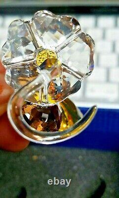 Swarovski SCS Bumblebee on Flower 2017 Event Piece 5244639 Box and Pamplet