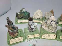 1380 G. 12 Piece Collection Of Rocks Minerals Crystals Estate Sale