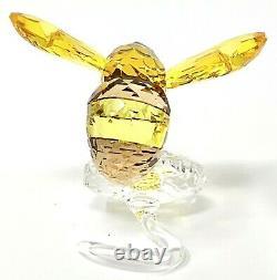 2017 Scs Swarovski 5244639 Pièce D'événement Bumblebee Sur La Figurine En Cristal De Fleur Sauvage
