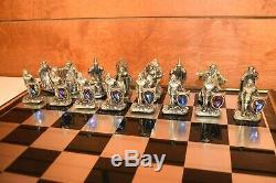 32 Piece Roi Arthur Jeu D'échecs Par Gorham Étain Et Cristal Swarovski
