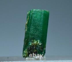 6.10 Carat Deux Pièces Couleur Vert Naturel Terminé Couleur Émeraude
