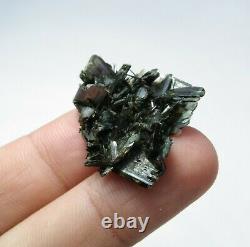 Aegirine Cluster Et Cristal 75 Pièces De Zagi Montagnes Kp Pakistan