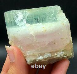 Aqua Morganite Rough Crystal 1 Pièce 118 Grams À Vendre