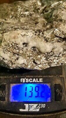 Argent / Minerai De Platine Quartz Belle Affichage Piece Éclat Brillant Rare 139 Gram