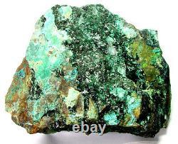 Atacamite Brilliant Deep Crystals Avec Chrysocolla Du Chili. Pièce Maîtresse