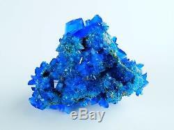 Boite De Gros Avec Chalcanthite 54 Pieces Electrique Bleu Alunite, Alun Plat