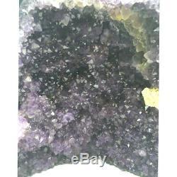 Cave Amethyst Unique Avec Calcite Couleur Sombre Améthyste, Une Pièce De