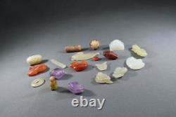 Collections Chinoises Un Ensemble De Perles Du Groupe 19 Pièces, Jade, Agate, Crystal