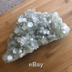 Grand Morceau Vert Minéral / Cristal D'apophyllite D'inde