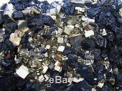 Pièce De Musée Cubique Pyrite Fine, Sphalérite Noire Et Quartz Pérou Mine Animon