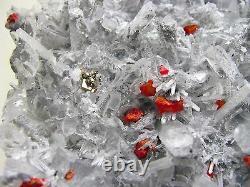Realgar Crimson Couleur Rouge, Shining Pyrite & Quartz Du Pérou. Piece Fin