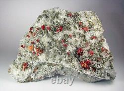 Realgar Crimson Red, Pyrite, Selenite - Clear Quartz Du Pérou. Pièce Maîtresse