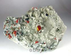 Realgar Crimson Red, Pyrites Et Fine Quartzs Cluster Du Pérou. Pièce Maîtresse