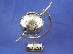 Un Morceau De Pyrite Rempli De Cristaux! Fabriqué Dans Une Grosse Sphère! Avec Un Support 1011gr E