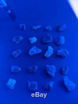 Vente En Gros Moscano Fluorite Uv Réactives 20 Pièce Minérale Plate Lot Parcelle